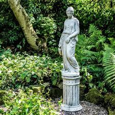 Make Your Garden Visually Appealing With Garden Statues